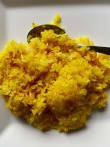 Vanka-Kawat Curcuma gele rijst
