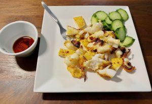 Vanka-Kawat Yellow Label Black Soy No1 soja sauce dish with squid inktvis