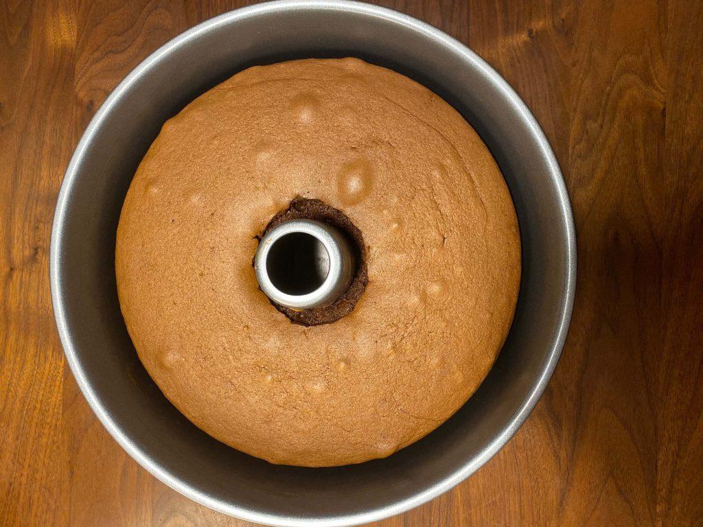 Vanka-Kawat Pondan chocolade cake in de chiffon