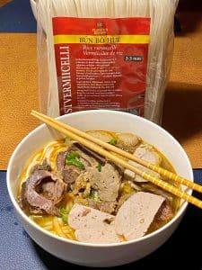Flowerbrand rice rijst vermicelli rijst noodles bun bo hue bún bò huế 2-3mm bereid